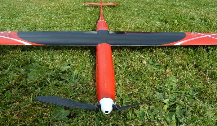 Sägezahn Propeller 12x25 mit 8mm Blattaufnahme