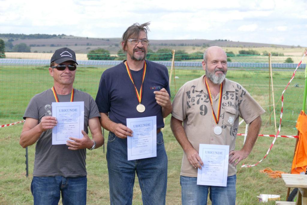 Siegerehrung Top 3 - Klasse A Vebrenner 3,5ccm